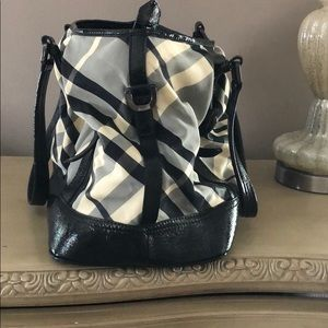 Burberry Bags - Burberry beat large Lowry bag RARE ❤️❤️
